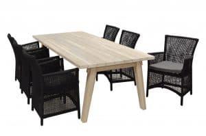 Spring dining met Derby teak tafel